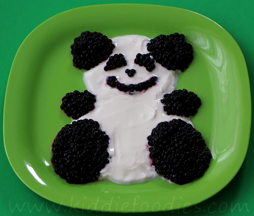 Panda fruits and yogurt dessert for kids step2