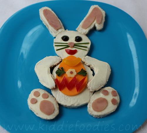 Easter bunny sandwich for kids step4
