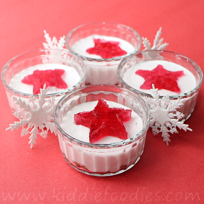 No bake mini cheesecake dessert with jelly stars
