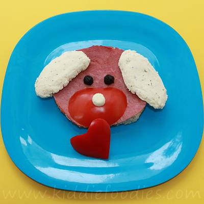 Dog with a heart ham sandwich for kids step2