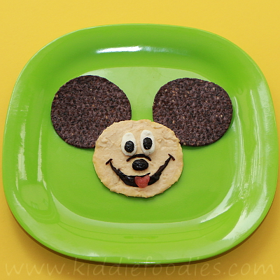 Mickey Mouse snack for kids step1