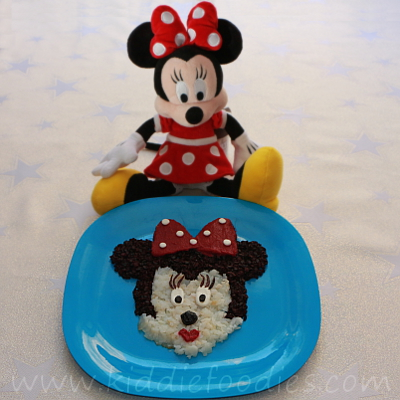 Minnie Mouse meal - fish, black rice and beetroot mousse