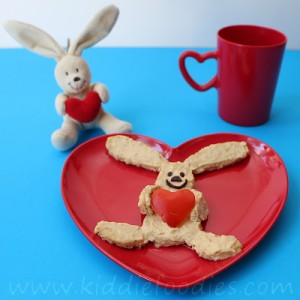 Rabbit with a heart hummus snack for kids