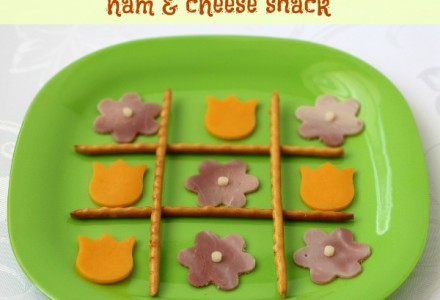 Tic Tac Toe ham and cheese snack for kids, #snack, #tictactoe