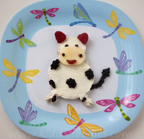 Laughing Milka edible cow sandwich for kids step2