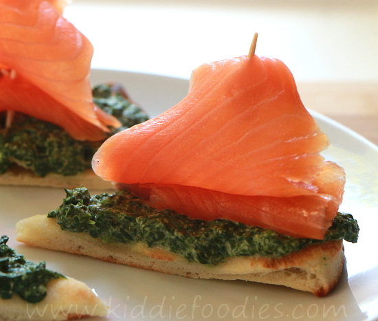 Sailing boats - smoked salmon, spinach and ricotta sandwich for kids step4