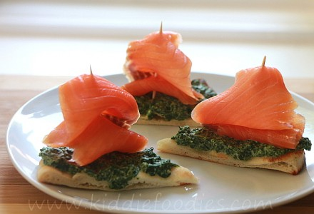 Sailing boats - smoked salmon, spinach and ricotta sandwich for kids