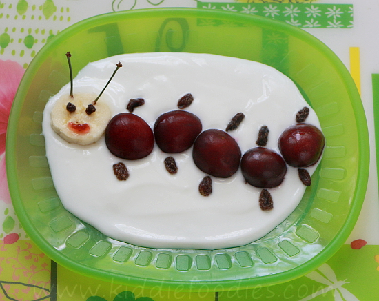 Happy caterpillar - cherries and yogurt step2