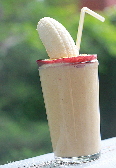 Peach banana smoothie with yogurt