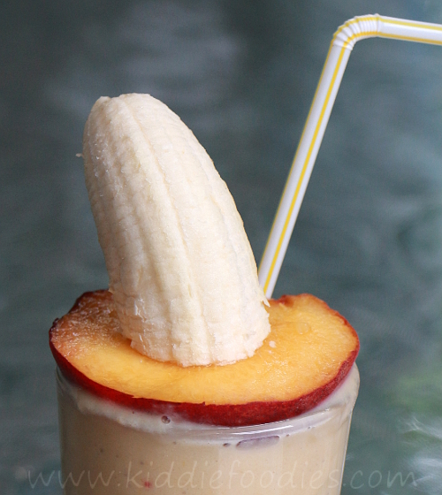 Peach banana smoothie with yogurt and fruit sombrero - Kiddie Foodies