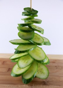 Christmas tree vegan snack for kids made of cucumber step2b
