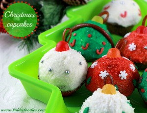 Christmas cupcakes - Christmas balls mini-cupcakes decoration ideas1