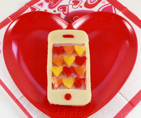 Call me Valentine, Iphone shaped sandwich, Valentine lunch idea for kids step2b