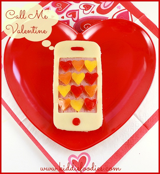 Call me Valentine, Iphone shaped sandwich, Valentine lunch idea for kids, #valentinesideas, #callmevalentine, #iphone
