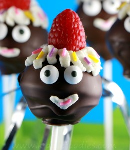 Party pops, homemade cake pops recipe without cake mix, great for kids party Step6a