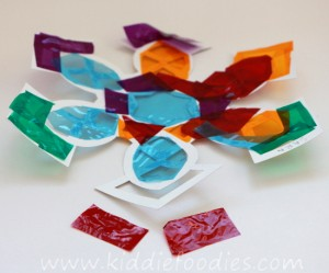 Suncatcher snowflake craft for kids step1a