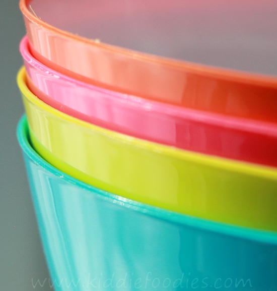 How to feed picky eaters - Mom's tips and tricks - color bowls