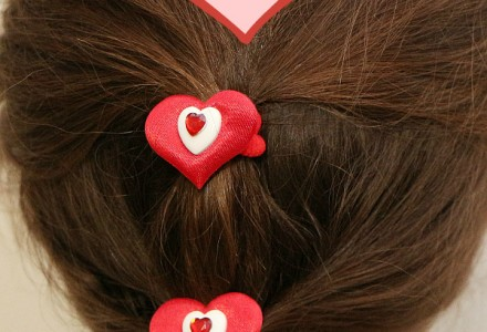 How to make heart hair ties for Valentine's Day - tutorial, #valentinesideas, #heartties, #hearthairtie, #hairaccessoires