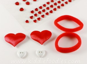 How to make heart hair ties for Valentine's Day - tutorial step1