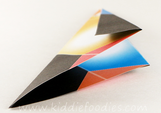 Simple origami for kids - how to make a paper penguin step2b