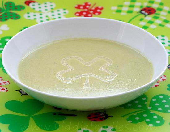 Cream of asparagus soup - easy recipe step4