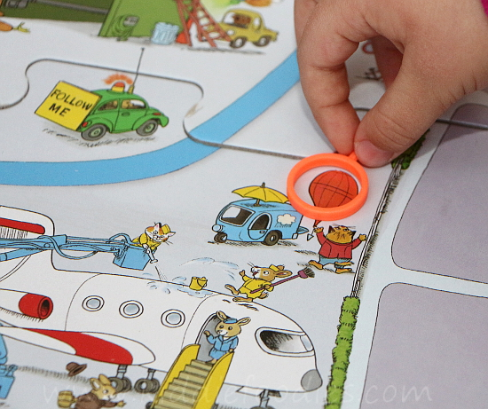 Great family board games - Richard Scarry's Busytown Eye Found It!  - 4