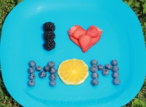 I love Mom - simple dessert idea step1
