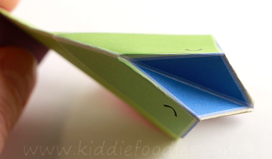Simple origami for kids - how to make a paper bird tutorial step5b