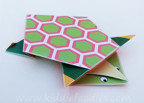 Simple origami for kids - how to make a paper turtle tutorial step6