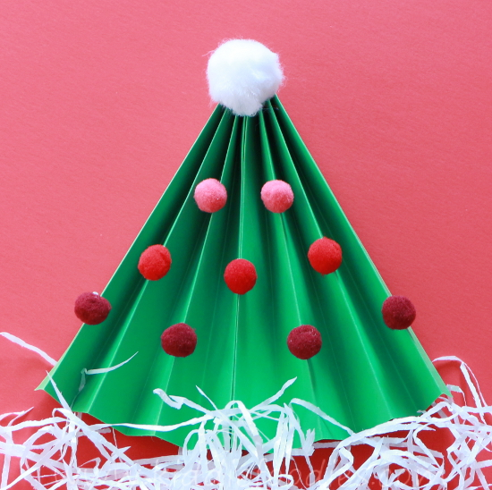 Christmas Tree craft for kids - step3